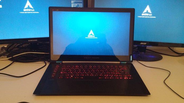 Arch Linux 2018.07.01 lançado com kernel 4.17 e mais! Confira!