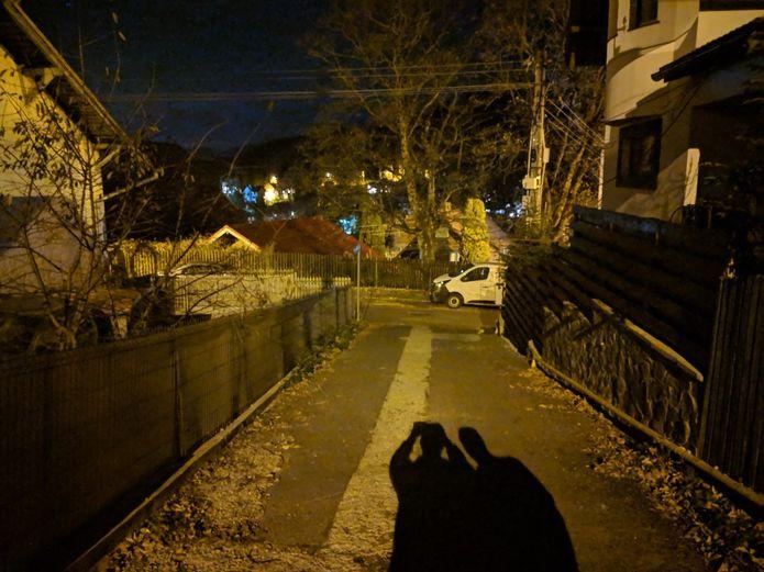 Google leva a função visão noturna para todos os telefones Pixel