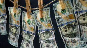 Criminosos usam brecha de Fortnite para lavar dinheiro online