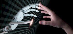Inteligência artificial e humana trabalhando juntas no combate às fraudes em transações comerciais online