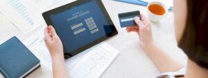 Adoção de canais digitais aumentam os gastos com tecnologia nos bancos