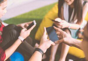 Excesso de compartilhamento de conteúdos pode levar à perda de seguidores e privacidade