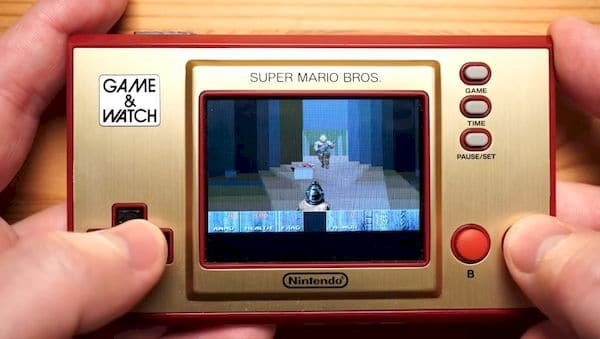 Nintendo Game & Watch: Super Mario Bros já foi hackeado e roda DOOM