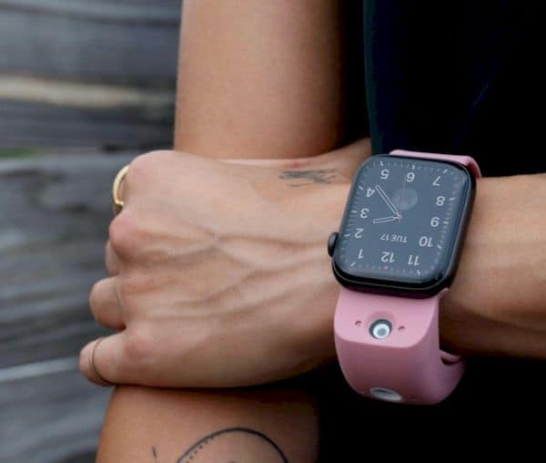 Wristcam, uma pulseira que adiciona câmeras no Apple Watch