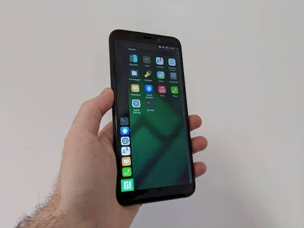 Manjaro ARM com Lomiri para o PinePhone já está disponível para teste