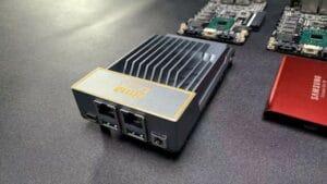 ZimaBoard é um servidor de placa única hackeável com Intel Apollo Lake (crowdfunding)