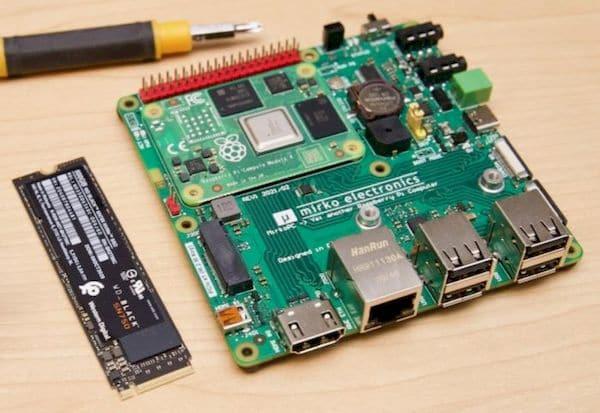 MirkoPC, uma placa que transforma um Raspberry Pi CM4 em um PC completo