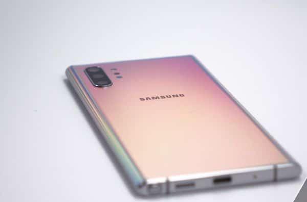 Samsung continua a atualizar mais dispositivos para One UI 3.1