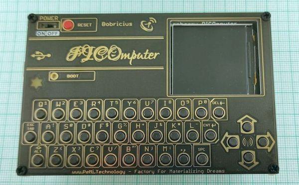 PICOmputer transforma um Raspberry Pi Pico em computador de bolso